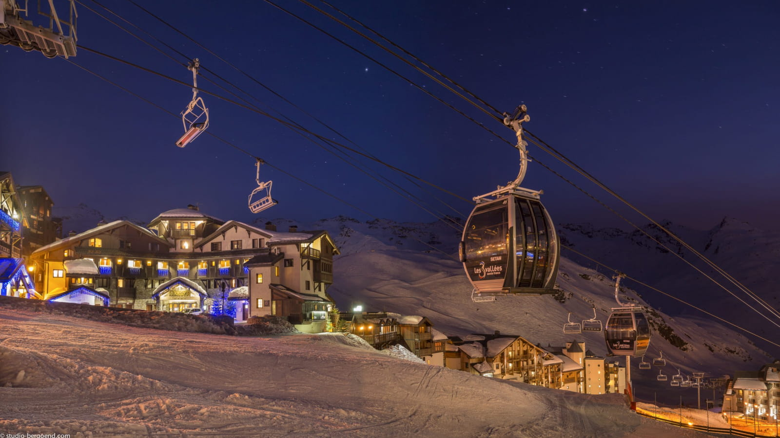View from l'Oxalys outside Val Thorens